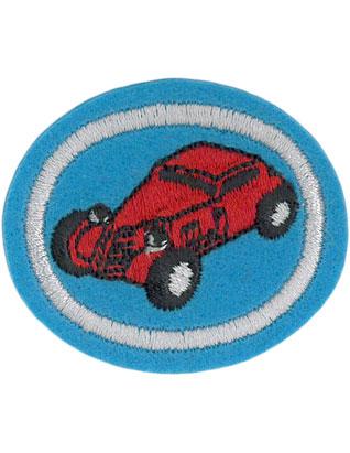Carrera de coches de madera